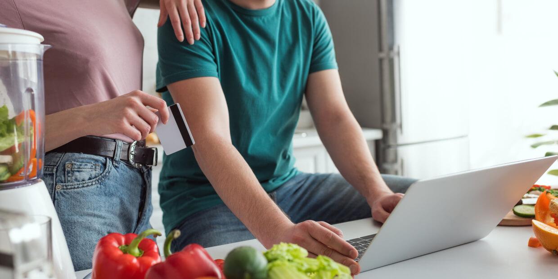 Cómo comprar alimentos online sin gastar de más: 4 consejos