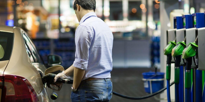 Aprende a controlar el gasto de bencina en 3 pasos