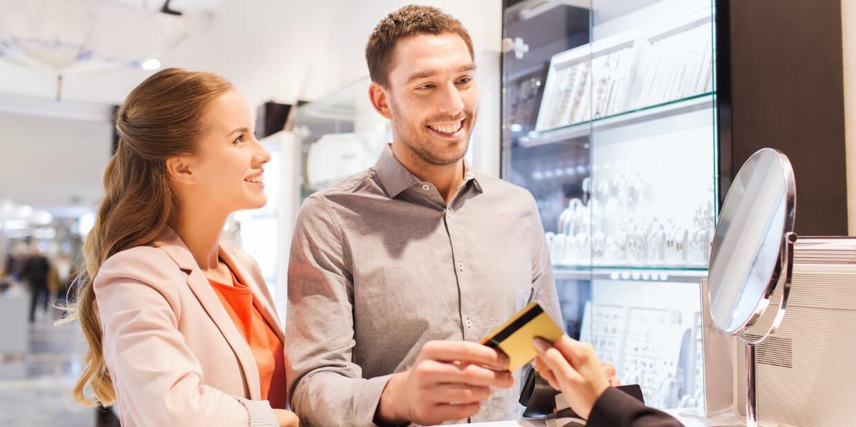 Los pro y los contras de que solicites un crédito de consumo en marzo