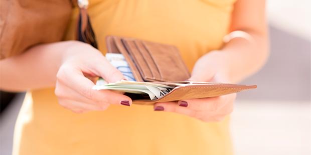 Cómo administrar tus primeros sueldos para tener una vida financiera plena
