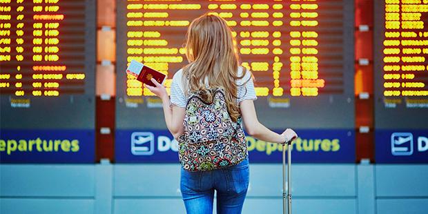 Los pasos financieros para planificar tu viaje al extranjero