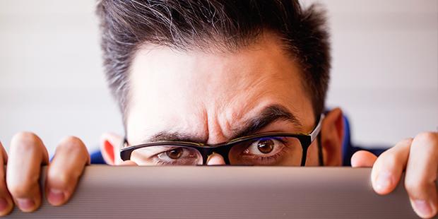 Las claves para identificar una estafa piramidal y cómo protegerse del phishing